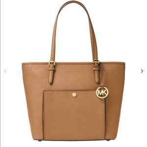 MICHAEL Michael Kors Bags - NWT Michael Kors Jet Set leather tote purse.